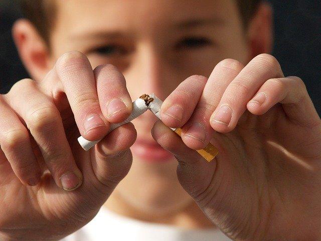È possibile smettere di fumare con la sola forza di volontà?